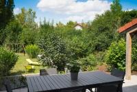 Terrasse vue jardin - Photo Cyrille GUIR